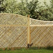 Privacy Diamond Trellis Convex Top
